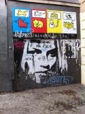 la jeune fille sombre de Beaubourg
