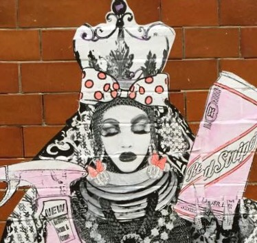 Reine Mere collage street art Londres