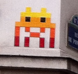 L Invader des Champs Elysees